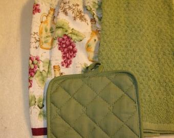 Olive Oil Kitchen Tea Towel Set