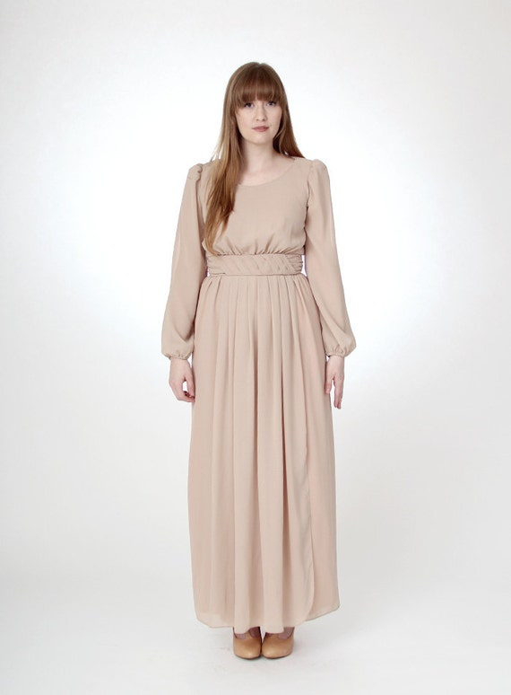 Vintage 1970s full length nude gown - size small/medium