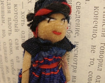 Guatemalan Worry Doll Brooch Pin - Trouble Doll Badge - Blue dress