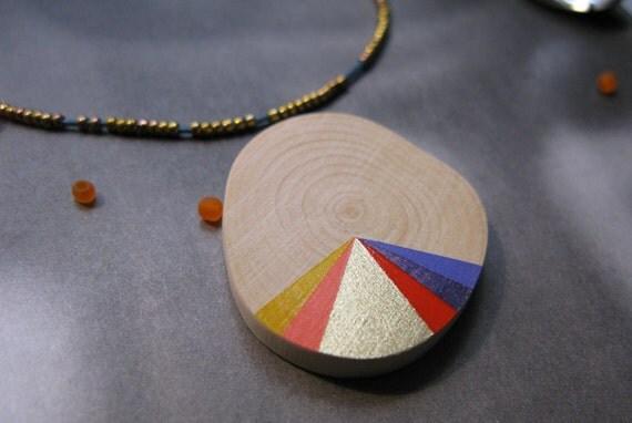Carousel - Pendant or brooch