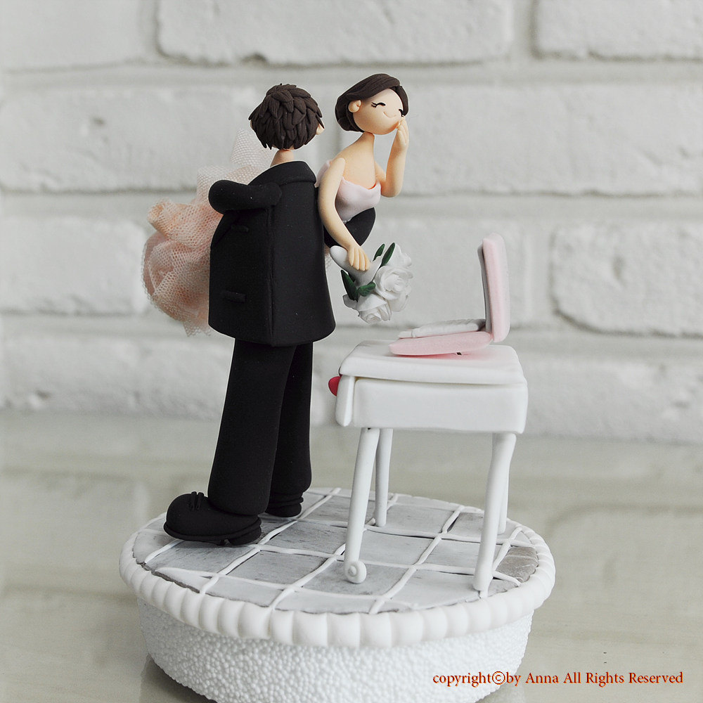 Make Your Own Wedding Topper: Custom Wedding Cake Topper Workaholic Couple