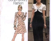 Simplicity 5904 Junior Petites' and Misses' Dresss in Two Lengths Sewing Pattern - Uncut - Size 7JP - Bust 32