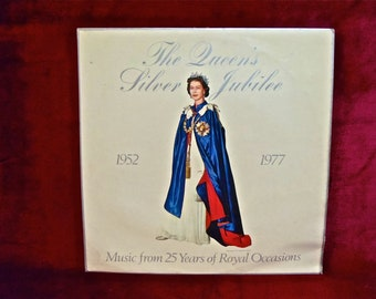 The QUEEN'S SILVER Jubilee - 1952-1977...Music from 25 Years of Royal OccasIons - 1976 Vintage Vinyl 2 lp GATEfold Record Album