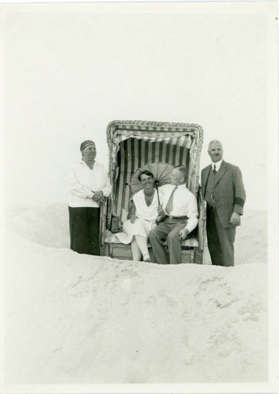"""1929 Vintage Photo """"Love and Family at the Beach"""", Photography, Paper Ephemera, Snapshot, Old Photo, Collectibles - 0027"""