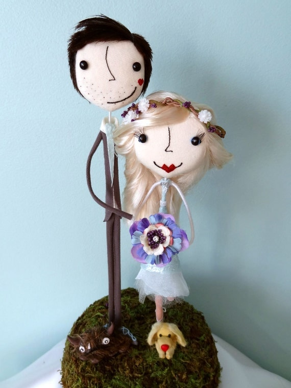 Super Sweet and Charming Custom Wedding Cake Toppers