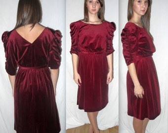 April Wine ..... vintage 70s 80s party dress / velvet low V back / 1980s ruched puff sleeve / 1970s red boho / American Hustle disco... S M