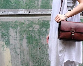 Artemis Leatherware Hand Stitched Leather  Camera Bag/ Shoulder Bag