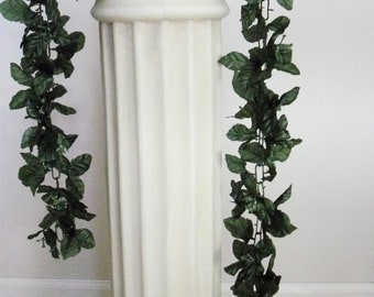 how to make a greenery garland for a wedding