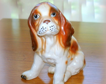 Spotted Spaniel Dog Figurine Vintage Great Detail in Expression and Fur Coat Homco-Home Interiors Ceramic