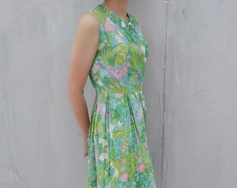 1960s Green Pink Floral Fit and Flare Day Dress 60s Vintage Sundress Box Pleat Full Skirt Medium 1950s Spring Summer 50s Garden Party Dress