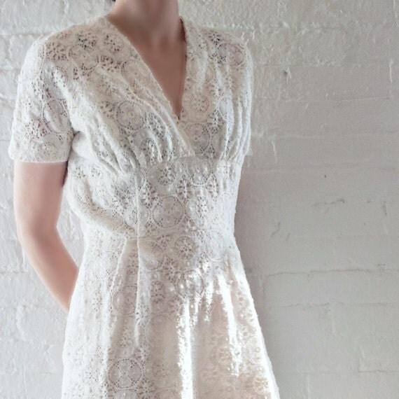 Wedding Dress Vintage 50s White Cotton Crochet Dress Jack Stern 40s Lace Tea Dress Medium Large Spring Fashion Ivory Prom Dress Bridal Gown