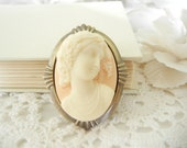 Lady Cameo Brooch / Relief Cameo / Ivory and Pale Peach Cameo