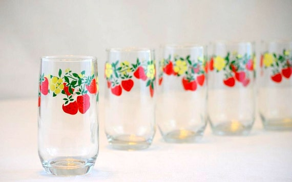 Vintage Anchor Hocking Strawberry Driking Glass:  Set of 8