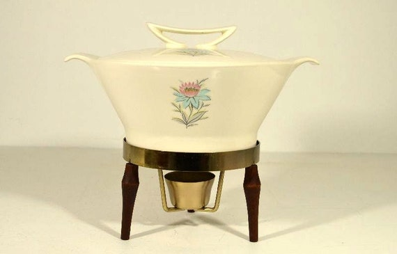 Vintage Steubenville Fairlane Covered Casserole Dish with Cooling/Warming Stand