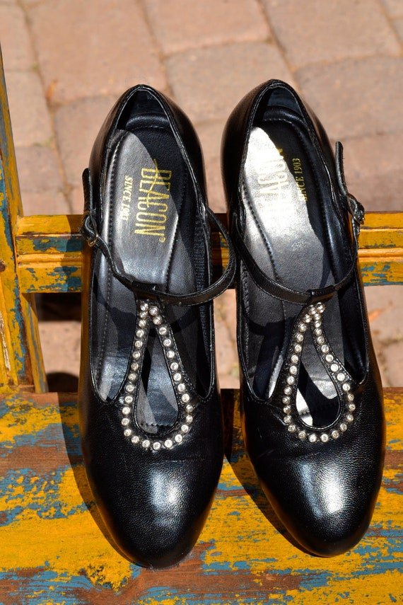 Vintage 50s black leather RHINESTONE MARY JANE  heels size 7