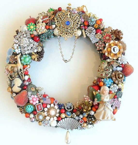 Reserved For C Holiday Wreath W Vintage Jewelry