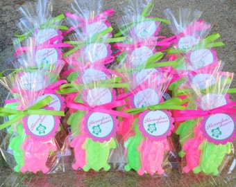 Popular items for luau party favor on Etsy