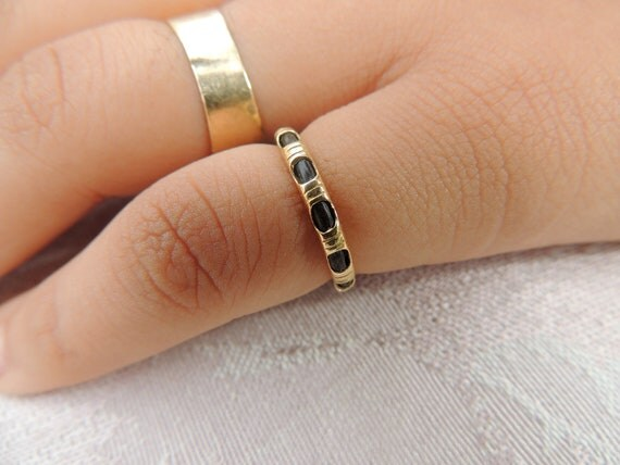 Vintage Elephant Hair Ring Single Strand Wrapped In Gold
