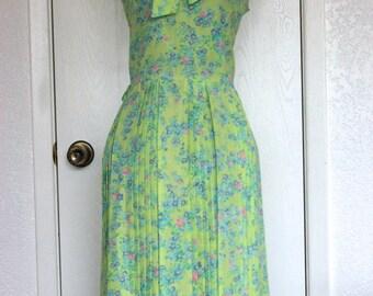 Green Floral Vintage Summer Sundress