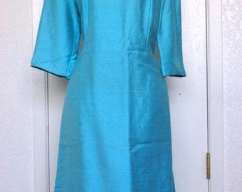 Gorgeous Blue 1960s Twiggy Sheath Dress