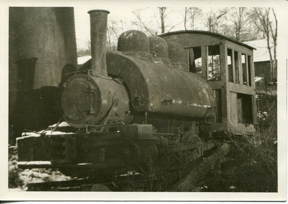 Steam Train Engine, vintage photo, black and white photograph