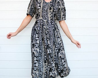 10 DOLLAR SALE Vintage Grunge Abstract Pattern Maxi Dress
