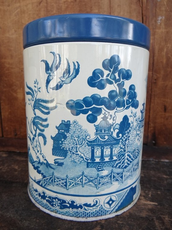 Reviews On Kkw Perfume >> Vintage Blue Willow Canister Tin Made in England by exploremag