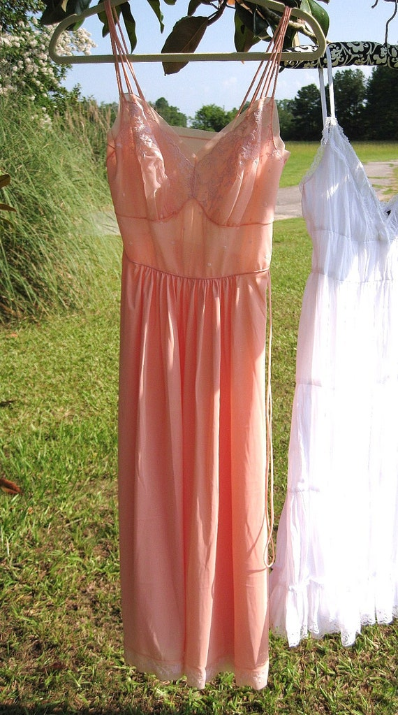 Vintage Lingerie Full  Slip / Polka Dots & Florals / Peach Skin Coral / marked tag Vanity Fair / Tricot size 32