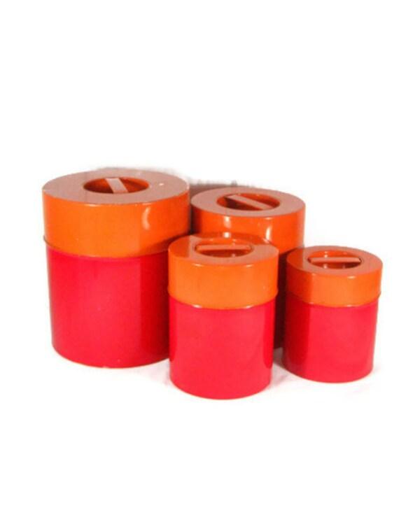 Vintage kitchen canister set red orange metal canisters for Kitchen set orange
