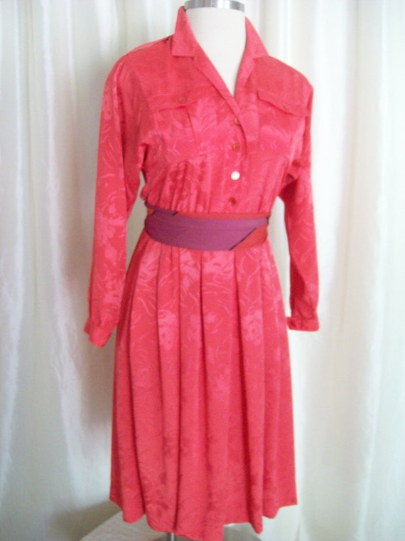 Vintage ladies dress tangerine orange shirtwaist long sleeve collar