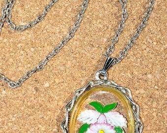 Vintage Glass Flower Pendant Necklace