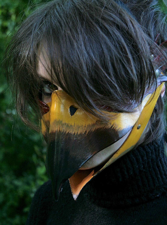 how to make a duck beak mask