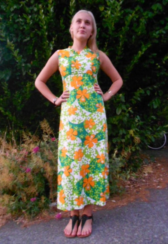 Vintage 1960s Psychedelic Green and Orange Flower Print Maxi Dress size Small