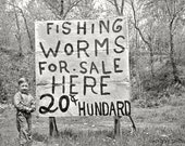Old Vintage Photo Coca Cola  Young Boy Selling Fishing Worms Coke Sign - Lake Ozark