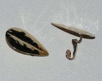 Clip-on Earrings - Jewelry -    FS-182