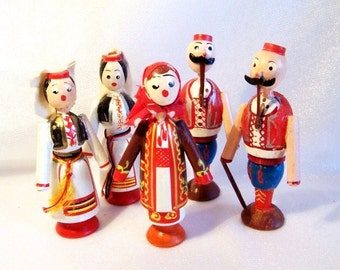 Vintage Ethnic Dolls: Set of Five Painted Wood Dolls - S1033