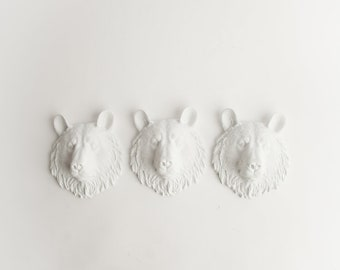 The Brunskies - Set of 3 White Mini Resin Bear Heads- Resin White Faux Taxidermy- Chic & Trendy Fauxidermy