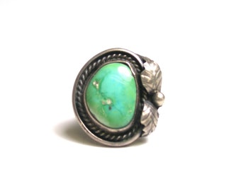Sterling Silver Turquoise Ring Size 4.5 - Weight 8.4 Grams