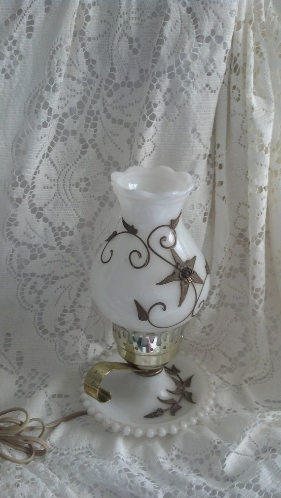 Vintage Plymouth Harlee Milk Glass Hurricane Lamp Light