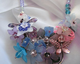 Chunky Flowered Necklace