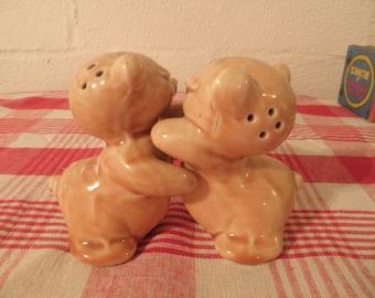 VanTellingen Huggy Bears Salt and Pepper
