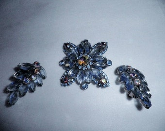 1940s 50s Vintage Rhinestone Brooch and Clip on Earrings