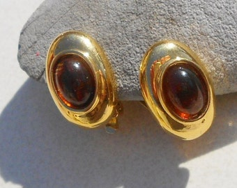 Vintage clip on earrings amber acrylic focals classy vintage 1970s jewelry