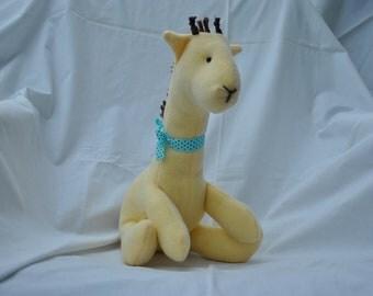 Plush Giraffe - 16in