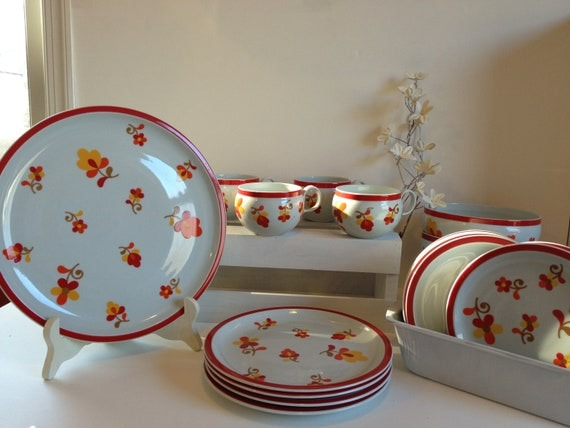 paprika dinnerware singles mix match dinner plates salad. Black Bedroom Furniture Sets. Home Design Ideas