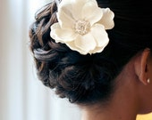 Petite Ivory Flower with rhinestone and feathers / ivory hair flower / ivory flower hair clip / ivory bridal flower