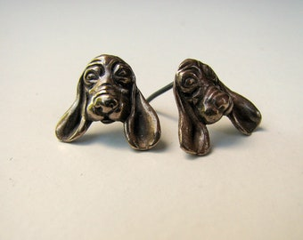 Basset dog post earrings