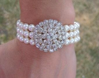 Bridal Brooch Bracelet, Pearl Brooch Bracelet, Big Rhinestone Brooch Bracelet, Brooch Wedding Bracelet Cuff, Pearl Rhinestone Bracelet