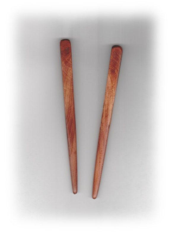 Hair Sticks Aromatic Red Cedar Swirling Grain 6 inches pair (142)