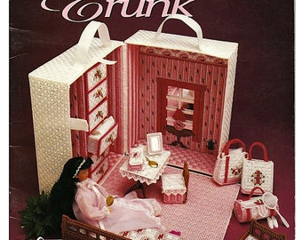 Fashion Doll Travel trunk Plastic Canvas Pattern Annies Attic 87D64
